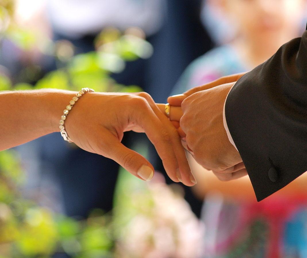 Oración para atraer al ser amado rápido - Innatia com