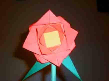 Pasos Para Hacer Una Flor En Papiroflexia Flor En Papiroflexia